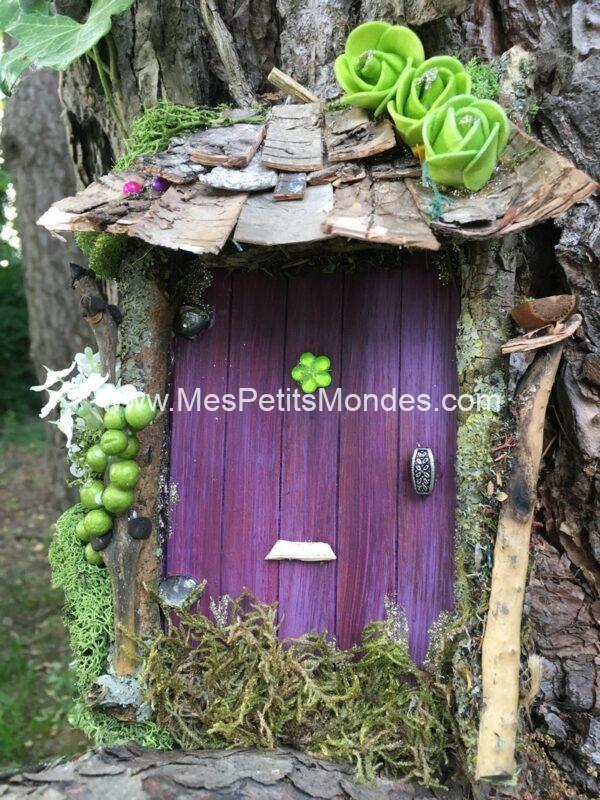 Grande porte de fée violette